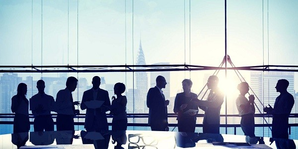 9 Traits to Transform Ordinary Workplace Management into Effective Workforce Leadership